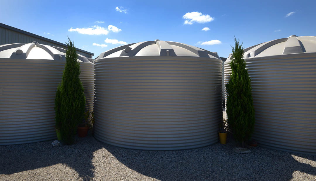 Plastics water tanks